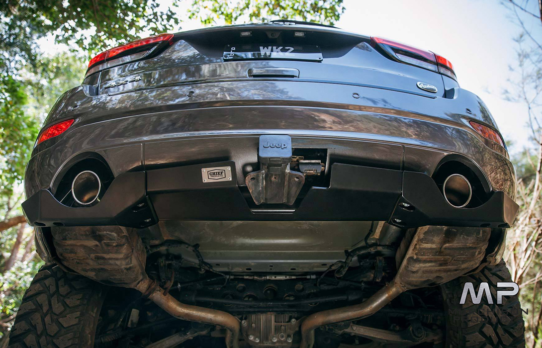 Chief Products WK2 Grand Cherokee Rear Bumper Guard, Corner Protection Kit